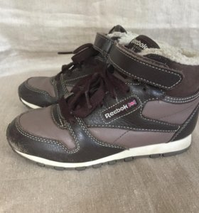 Зимние ботинки сапоги кроссовки reebok 29 размер