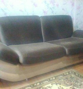 Продам комплект мягкой мебели
