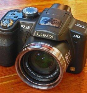 Цифровой фотоаппарат Panasonic Lumix DMC-FZ38