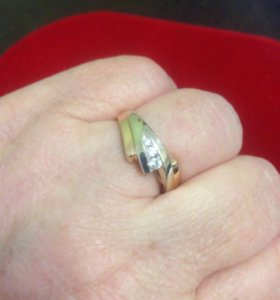Кольцо  18,5-19 размер,золото 585 проба