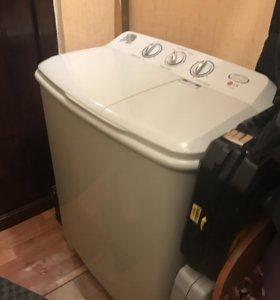 """Продам стиральную машину """"LG""""в отл.состоянии."""