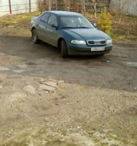 Audi А-4 1.6 МТ