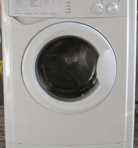 Компактная стиральная машина Indesit