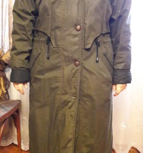 Пальто б/у.размер 52
