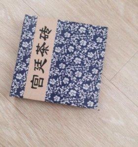 """Прессованный китайский чай(宮 廷 茶 砖 """"Дворец Тин"""""""