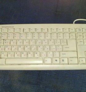 Продается клавиатура