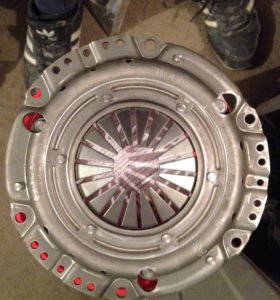 Нажимной диск сцепления
