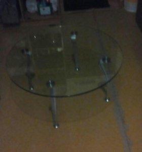 Столик стекляный