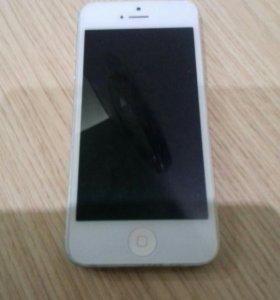 Продам iPhone 5 срочно