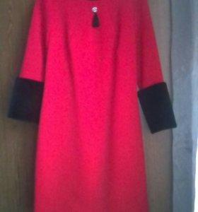Продаю платье новое.