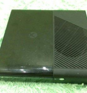 Xbox 360 + 5 игр