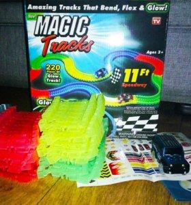 Супер подарок Magic tracks гибкая трасса 220 дет.