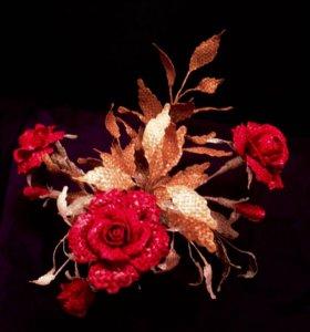 Розы, плетённые из соломки