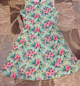 Голубое мини платье H&M в цветах