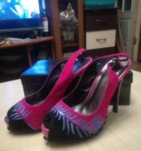 Туфли женские 37 размер новые