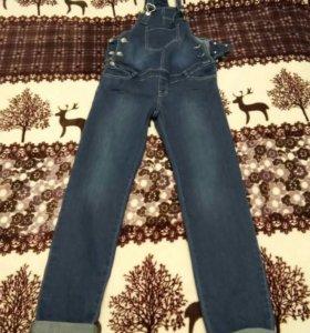 Для беременных комбез джинсовый
