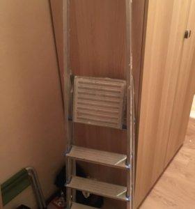 Лестница стремянка из алюминия+