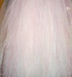 Свадебно- вечернее платье
