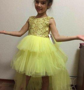 Необычное платье на новый год