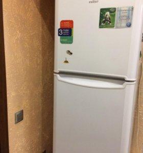 "Холодильник ""INDESIT"""