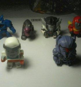 Игрушки-трансформеры,черепашки ниндзя.