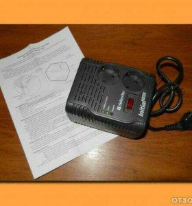 Стабилизатор/сетевой фильтр Defender Initial 600