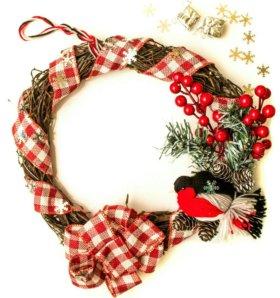 Венок новогодний, рождественский, со снегирём