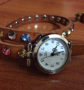 Часы наручные (женские)