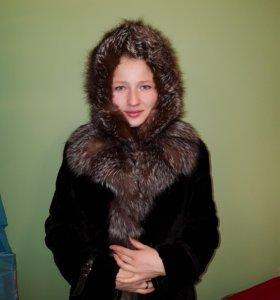 Шапка из меха чернобурки на девочку