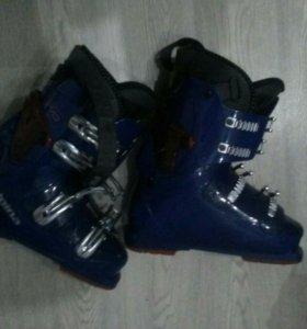 Горнолыжные ботинки ALPINA