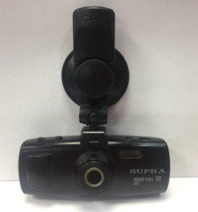 Автомобильный видеорегистратор Supra SCR-870G