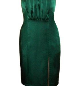 Платье изумрудного цвета.С 12 июня цена поднимется
