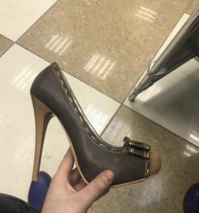 Новые туфли, смотрите профиль
