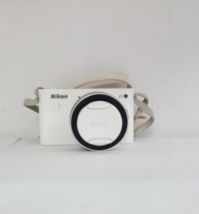Фотоаппарат Nikon J1