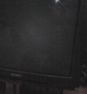 Продам телевизор сони тринитрон 70 диагональ