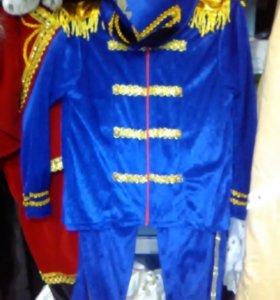 новогодний кастюм