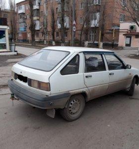 Автомобиль ИЖ 2126