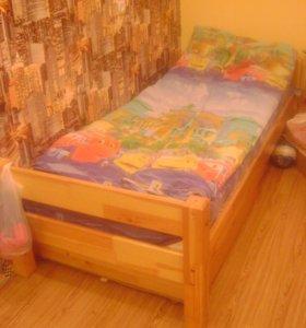 Продам двуярусную кровать