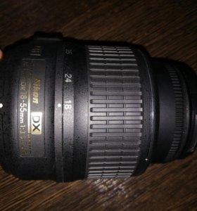 Объектив Nikon DX