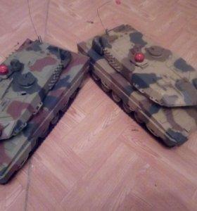 Подарок на новый год Два танка на радио управлении