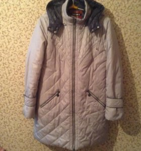 Пальто женское р.50-52 б/у