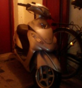 Скутер VENTO SUNNY