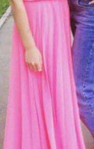 Платье розовое 😍