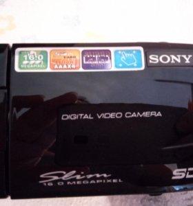 Видеокамера Sony slim