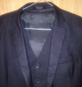 Пиджак с жилетом +рубашки