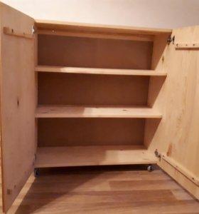Шкаф на колёсиках р-р. выс. 90 шир. 80 гл.33( 3шт.