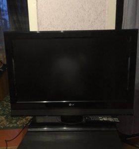 Телевизор 81 см. LG