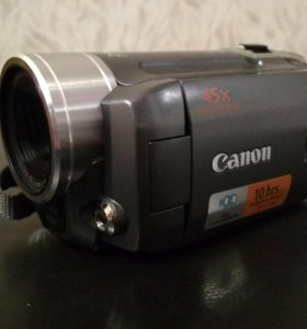 Видеокамера Canon FS11