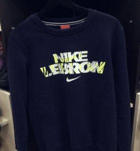 Свитшот Nike Lebron