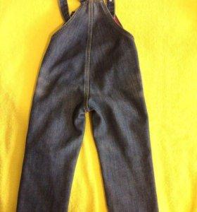 Комбинезон джинсовый(джинсы)